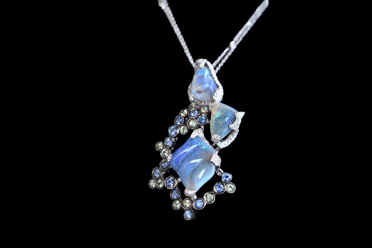 rami-abboud-sapphire-opal-diamond-pendant-1